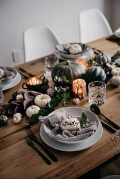 Beautiful fall tablescape with pumpkins, candles, squash and fall foliage. Love how it's low so you can still have conversation with everyone at the table. and the neutral colours are perfect! Pumpkin Vase, Diy Pumpkin, Little Pumpkin, Fall Mantel Decorations, Fall Decor, Table Decorations, Different Lettering Styles, Thanksgiving Tablescapes, Faux Pumpkins