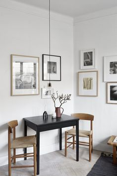 A 20 sqm2 flat with a beautiful gallery wall