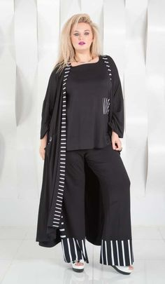 Plus Size - Beautifulhalo Search Moda Plus Size, Plus Size Model, Mature Fashion, Plus Size Fashion, Plus Size Casual, Full Figured, Indian Dresses, Nightwear, Active Wear