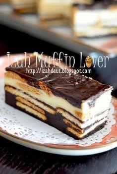 Izah Muffin Lover: Kek Batik Coklat Cheese Pesona Triple Chocolate Mousse Cake, Chocolate Tiramisu, Pastry Recipes, Baking Recipes, Snack Recipes, Snacks, Asian Desserts, Sweet Desserts, Brownie Recipes