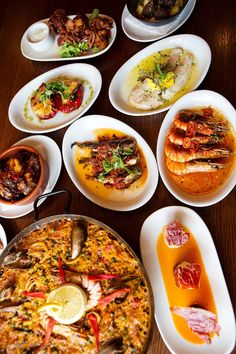 This month, dine at Barca Tapas for just £12. The offer includes 3 tapas + dessert. It is available from Sunday to Thursday. Barca Tapas and Cava Bar is an authentic Spanish tapas restaurant located within Princes Square in Glasgow city centre. As well as a terrace dining space, it has a bar area and dining room – all with a modern Spanish design.