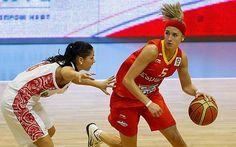 Las Escoltas de la Selección Española #BasketFem para #Turquia2014, Anna Cruz y Queralt Casas ¡Equipazo!!