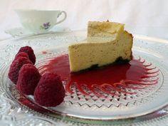 Cheesecake mit Himbeersauce