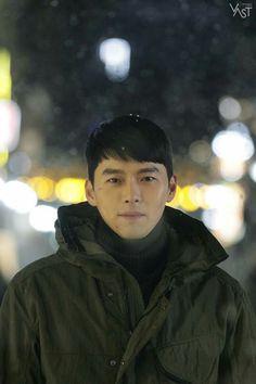 crash landing on you - hạ cánh nơi anh 2020 -son ye jin & hyun bin Hyun Bin, Asian Actors, Korean Actors, Best Kdrama, Sea Wallpaper, Soul Songs, Korean Drama Movies, Korean Dramas, Netflix