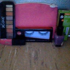 My February Glam bag that I had forgotten to post!!!