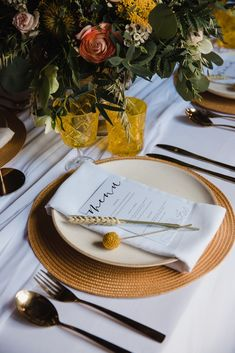 wedding place setting ideas mustard colour scheme