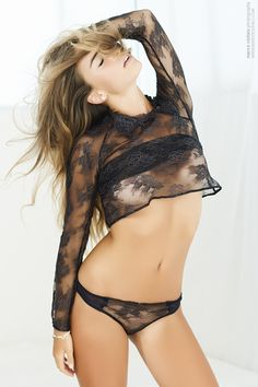Model posing - Fashion, beauty - by Marco Ciofalo - http://www.marcociofalo.com
