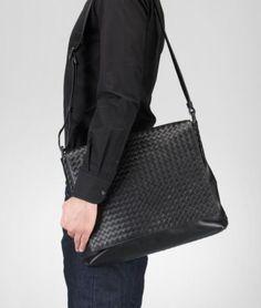 Bottega Veneta Intrecciato Vn Cross Body Messenger in Black for Men (nero)   9448f9102fcb9