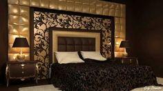 Elegant and Dramatic  Black and Gold Interior Decorating Ideas