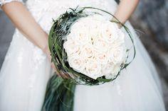brautstrauß rosen hell weiß creme