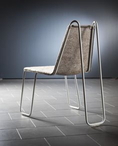 37 Elegant Industrial Metal Chair Designs For Dining Room To Try Asap - Are you tired of trying to find a modern glider chair for your home? Do you lean towards the modern, contemporary décor style? Maybe you've been searc. Iron Furniture, Steel Furniture, Funky Furniture, Furniture Design, Furniture Stores, Industrial Metal Chairs, Industrial Furniture, Glider Rocking Chair, Sustainable Furniture
