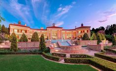 This incredible mega mansion is located in Sandhurst, Sandton, Gauteng, Johannesburg, South Africa. Halloween Canvas Paintings, Mega Mansions, Rich Home, Expensive Houses, Luxury Houses, South Africa, The Incredibles, Exterior, House Design