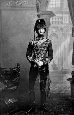 Young Winston Churchill in uniform, 1895