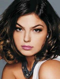 Saiba quais são as melhores opções de cortes de cabelo para rosto redondo, veja os tipos de cortes que mais combinam com seu rosto e arrase!