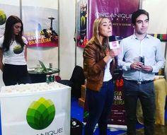 Our Chile importer being interviewed at the fair in Santiago ✨ Nosso importador do Chile sendo entrevistado na feira em Santiago. #onganiquedrinks #weareteam