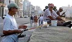 Malecón habanero: Abanico de historias y suspiros. Si el Malecón hablara... tendría mucho que contar, sentenció uno de los empíricos pescadores tras recordar que su construcción data de 1901, año en que comenzó a levantarse el primer tramo del muro que hoy se extiende a lo largo de más de siete kilómetros.