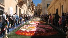 If the I Madonnari Festival and the Rose Parade had a baby - it would probably look like this... :)