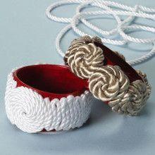 pulsera renovada con cordon