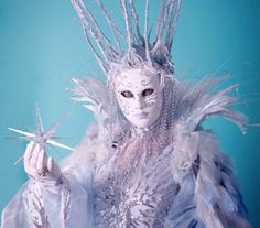 ICE QUEEN LIVING STATUE OR MINGLING CHARACTER LED ACT Ice King, Ice Queen, Snow Queen, Snow Night, Living Statue, London Manchester, Corporate Entertainment, Snow Fairy, Bonfire Night