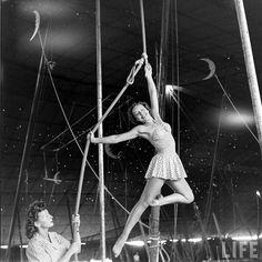 Nina Leen 1949