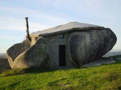 Stone house    Stone House.  Nas montanhas de Fafe, Portugal.  Copyright photographer: http://www.flickr.com/photos/jsome1/392996487/.