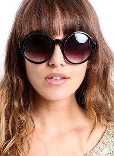 8a1bb2a869c4 Found Them! See The Sunglasses Your Favorite Celebs Are Wearing Now ...