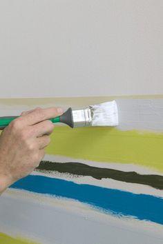 Wand streichen muster-selber-machen-streifen-drei-farben