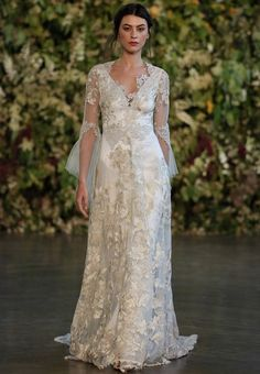 Fall or Winter wedding dress inspiration | Gown by Claire Pettibone