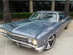 1966 CHEVROLET IMPALA CUSTOM 2 DOOR COUPE - Barrett-Jackson Auction Company - World's Greatest Collector Car Auctions