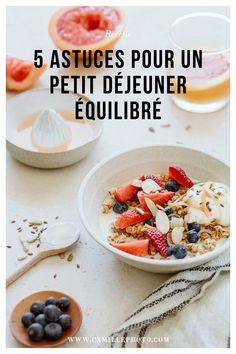 Comment faire un petit déjeuner healthy Veggie Bowl, C'est Bon, Cereal, Breakfast, Food, Breakfast Healthy, Being Healthy, Morning Coffee, Essen