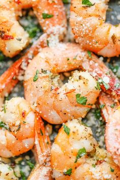 Garlic Parmesan Roasted Shrimp - The easiest roasted shrimp cocktail ever made with just 5 min prep. Yes, it's just that easy! The easiest roasted shrimp cocktail ever made with just 5 min prep. Yes, it's just that easy! Fish Recipes, Seafood Recipes, Cooking Recipes, Healthy Recipes, Baked Shrimp Recipes, Recipies, Healthy Meals, Delicious Recipes, Cooking Tips