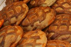 Un año más España entera se vuelca en la celebración de la Semana Santa, se viven días de recogimiento, fe y devoción, pero también de vacaciones y citas familiares alrededor de una buena mesa para degustar la gastronomía típica de esta semana como el hornazo de Salamanca.