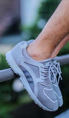 adidas Originals Racer Lite: Grey.