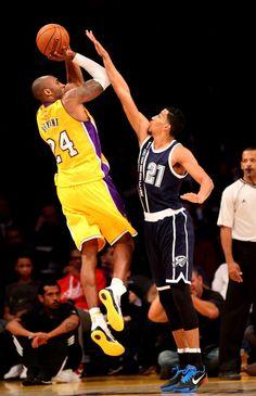 Kobe Bryant Photos: Oklahoma City Thunder v Los Angeles Lakers