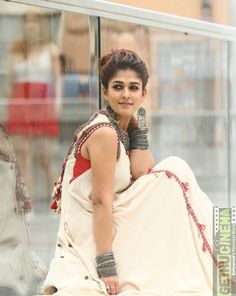 South Indian actress Nayanthara new photo gallery. Latest hd image gallery of Nayanthara. South Indian Actress, Beautiful Indian Actress, Beautiful Actresses, Beautiful Saree, Beautiful Women, Indian Attire, Indian Wear, Indian Style, Nayanthara Hairstyle