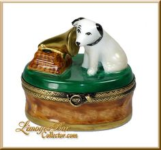 RCA Dog His Master's Voice Limoges box by Beauchamp Limoges www.LimogesBoxCollector.com, dog collectibles, dog figurines