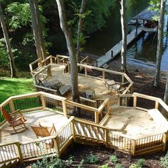 With a steep sloping property down to the lake, this multilevel deck provides numerous viewpoints out to the water and an area to sit back and relax. Built in benches were installed on a few of the levels for additional seating options.