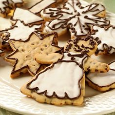 Chocolate Mini Chip Holiday Cookies (Easy; 36 cookies) #holiday #chocolate chip #cookies