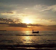 Los que quedan.  Fotito vieja revisando carpetas de tiempo atras.  #photography #beach #people #sun #sunset #album