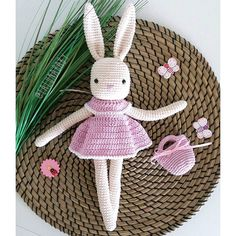 We are ready for #gurumigram #tavsankiz #tavsan #amigurumi #amigurumiaddict #bunny #bunnydoll #orguoyuncak #nature #isabellekessedjian #crochet #crochetaddict #crocheting #crocheted #crochetlove #crochetlife #crochetlover #häkeln #tigisi #orgu #handmade #selbstgemacht #instacrochet #crochetersofinstagram #sagliklioyuncak #creativity #yarn #yarnporn #yarnaddict Pattern my crochet animals (Isabelle Kessedjian) Yarn Schachenmayr Catania Hook size 2.00 mm by lalunababy