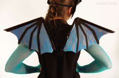 Learn how I made my dragon costume, dragon mask, and dragon wings. Full materials list and photo instructions. Dragon Costume Women, Diy Dragon Costume, Fairy Costume Diy, Dinosaur Costume, Dinosaur Party, Dragon Halloween Costume, Theme Halloween, Girl Costumes, Halloween Costumes For Kids
