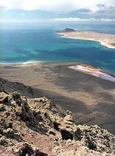 Lanzarote  La Graciosa al Fondo,   Canarias Spain,
