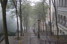 Wijk Montmartre op een regenachtige dag