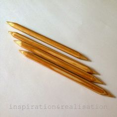 DIY DPN - double pointed needles - for extra thick yarn and t-shirt yarn T Shirt Yarn, T Shirt Diy, Knitting Patterns Free, Free Knitting, Crochet Hooks, Knit Crochet, Thick Yarn, Circular Knitting Needles, What To Make