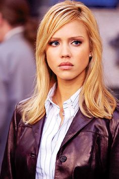 Fantastic Four Invisible Woman Fantastic Four 2005, Jessica Alba Fantastic Four, Jessica Alba Style, Beautiful Celebrities, Beautiful Actresses, Invisible Woman, Actress Jessica, Teresa Palmer, Trends