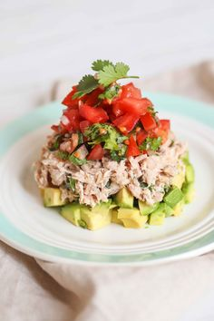 Avocado Tuna Salad, Clean Eating, Healthy Eating, Yummy Mummy, Salad Ingredients, Dairy Free, Easy Meals, Low Carb, Tasty