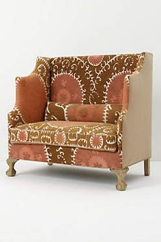 The chair that I could never dream of owning.  You don't even want to know how much it costs. But I want it anyway.