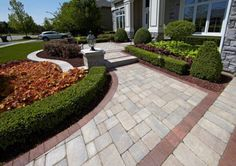 Driveway and Entrance with Brussels Block paver and Brussels Dimensional Wall
