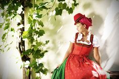 ...Dirndl Oberwart, styling inspired by bolivian folklore...