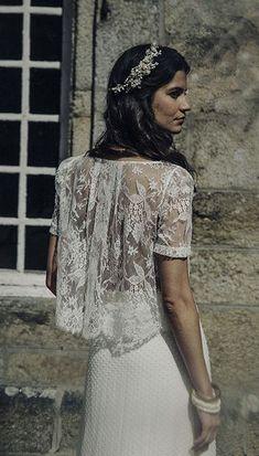 Exclusive UK stockist to Laure de Sagazan, a Parisian bridal designer who creates the most stunning bohemian inspired wedding dresses. Bridal Dresses 2017, Pnina Wedding Dresses, Bridal Gowns, 2017 Bridal, Mode Inspiration, Wedding Inspiration, Robes Elie Saab, Mod Wedding, Chic Wedding